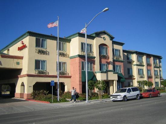 hotel ramada marina Monterey